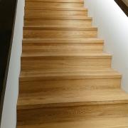 Eiche Treppe gerade